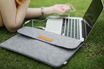 Стильная защита: топовые чехлы для ноутбука