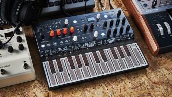 Музыка нас связала: ТОП-5 компактных синтезаторов
