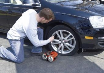 Пятерка автокомпрессоров для поддержания нужного давления в шинах