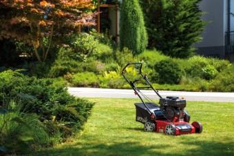Вирощуйте траву правильно: ТОП-5 відмінних бензинових аераторів