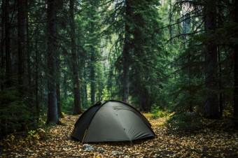 Пятерка лучших 2-местных палаток для трекинга и велопоходов