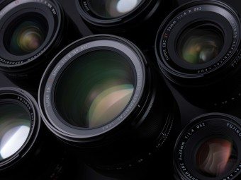 Автофокусные «светлячки»: ТОП-5 сверхсветосильных фикс-объективов