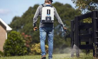 Пять отличных аккумуляторных опрыскивателей для садоводов