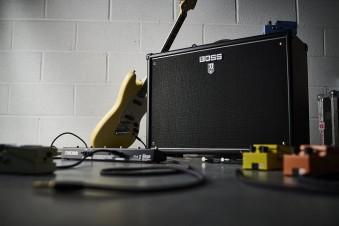 Озвучка для электрогитары: ТОП-5 комбоусилителей до 50 Вт