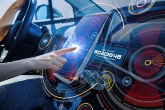 За рулем: пятерка практичных гаджетов для автомобилистов