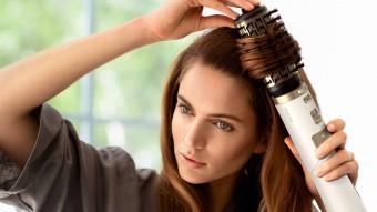 Сушим волосы и делаем укладку одновременно: ТОП-5 фенов-щеток